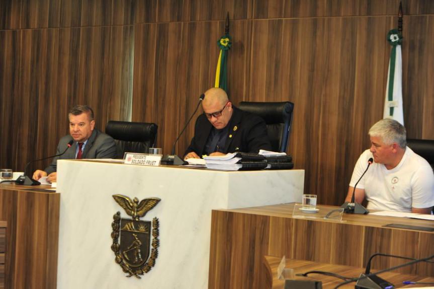 Donos de oficinas relatam atrasos de pagamento em depoimentos na CPI da JMK