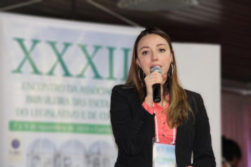 Roberta Picussa, coordenadora Pedagógica, faz parte do Conselho Editorial da Abel
