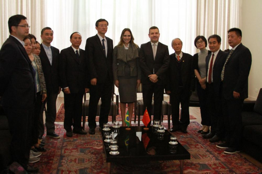 Visita da Comitiva Chinesa a Alep na manhã desta quinta-feira (17).