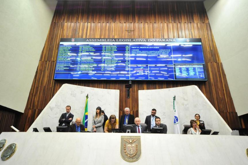 Proposta do Poder Executivo que trata do reajuste geral aos servidores estaduais começa a tramita na Assembleia Legislativa.