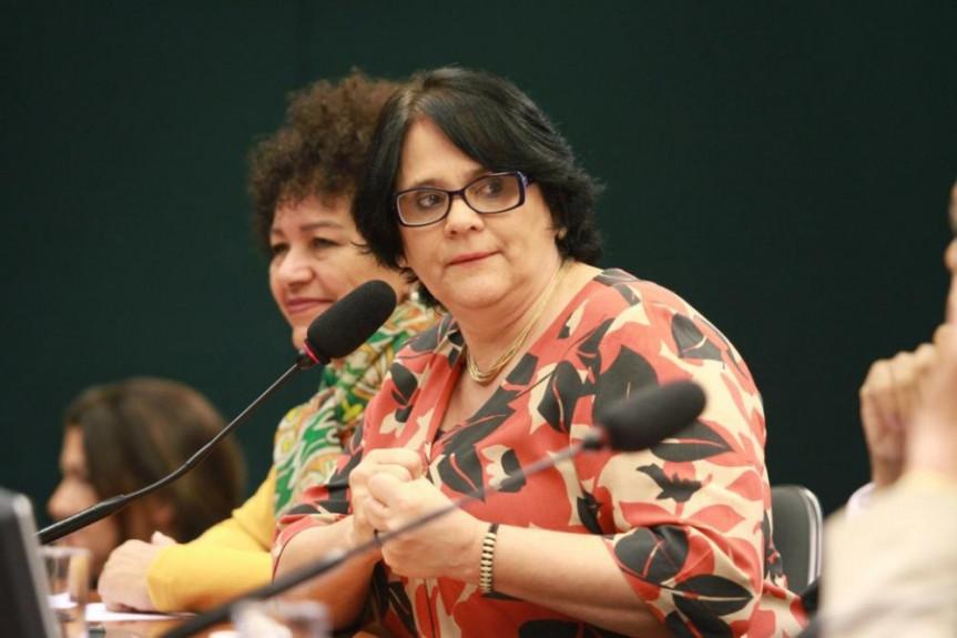 Ministra Damares Alves recebe título de Cidadania Benemérita na segunda-feira (12) às 9 horas no Plenarinho da Assembleia Legislativa do Paraná.
