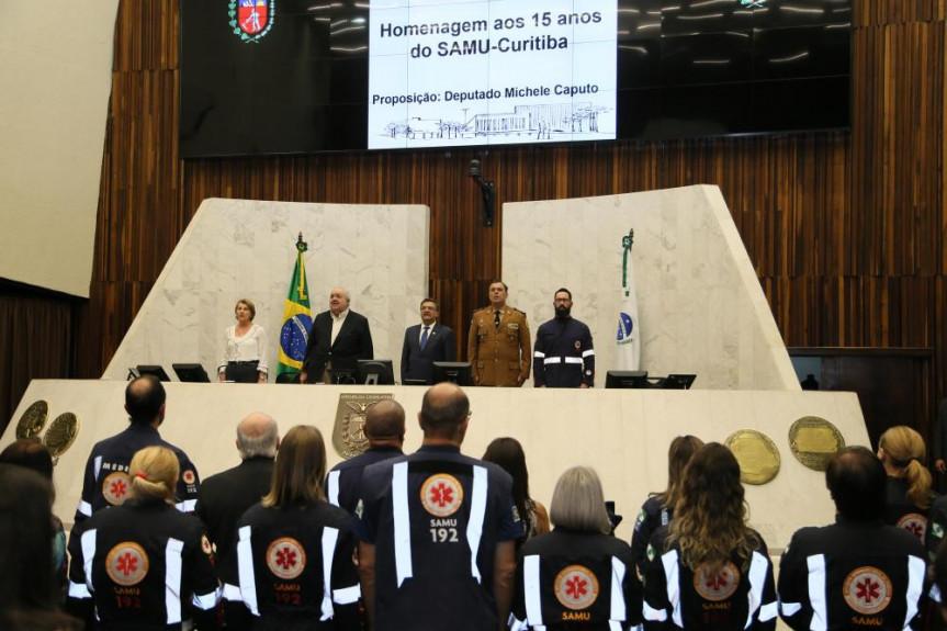 Sessão solene em homenagem aos 15 anos do SAMU.