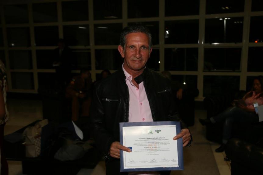Marins de Oliveira Luz, integrante da Femoclan, atua na área de trabalho comunitário, no município de Almirante Tamandaré.