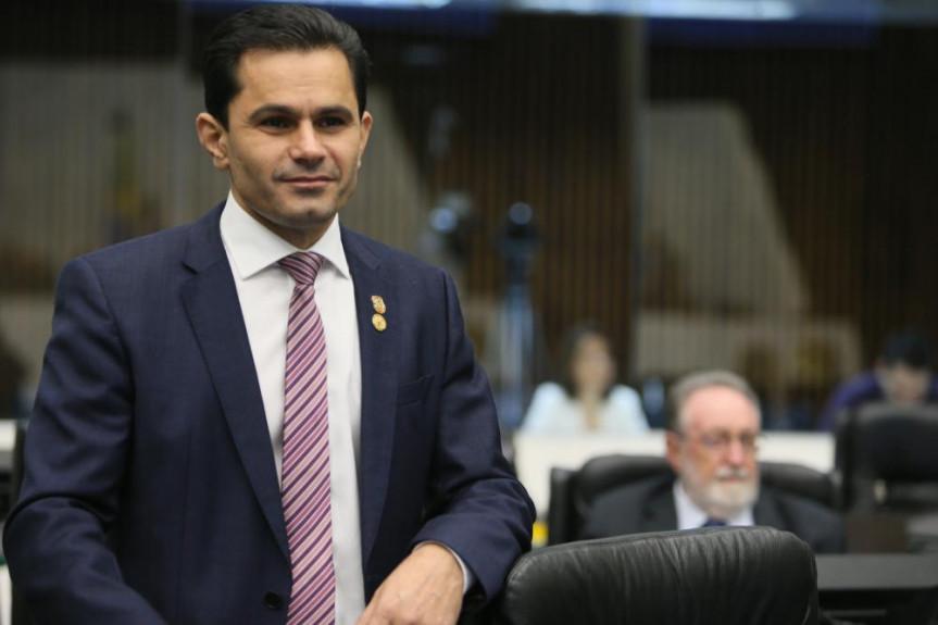 Deputado Marcio Pacheco (PDT) autor da proposta que isenta da tarifa do pedágio as pessoas com autismo em tratamento em outro município.