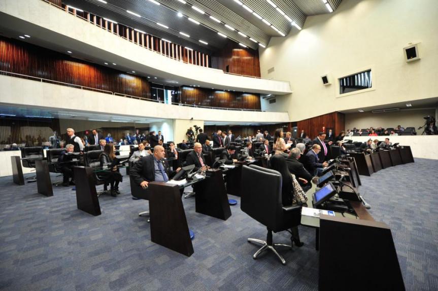 Início dos trabalhos na Assembleia Legislativa foi positivo para deputados que afirmam ter muito a fazer ainda pelo Paraná.