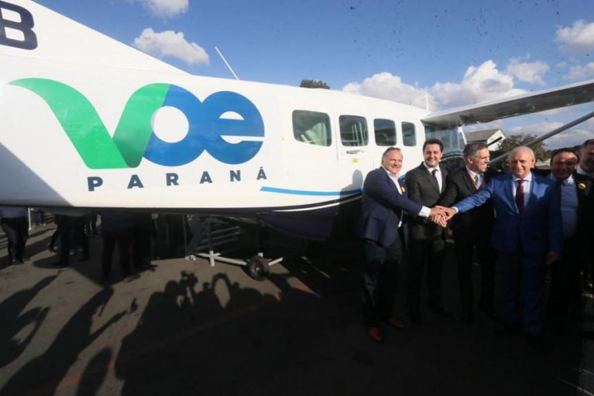 Programa Voe Paraná, lançado pelo Governo, faz com que estado ganhe 10 novas rotas de voos.