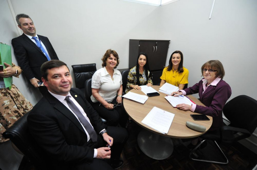 Proposta da deputada Cantora Mara Lima (PSC) veda contratações em cargos de comissão ou funções de alta hierarquia no serviço público condenado por crime contra mulher.