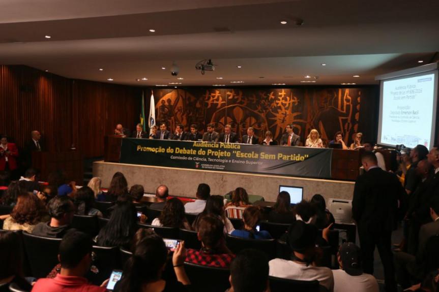 A audiência foi organizada pela Comissão de Ciência, Tecnologia e Ensino Superior.