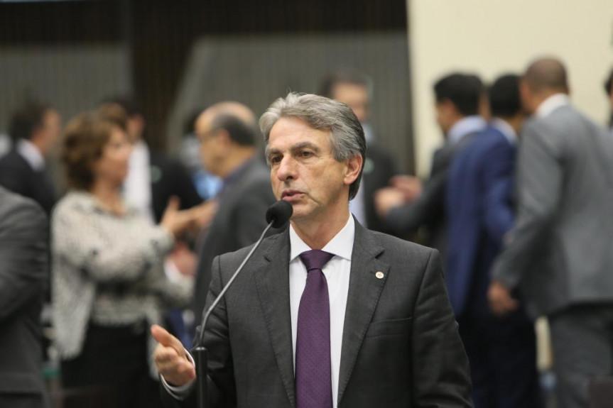 O deputado Tadeu Veneri é o presidente da Comissão de Direitos Humanos e Cidadania da Assembleia.