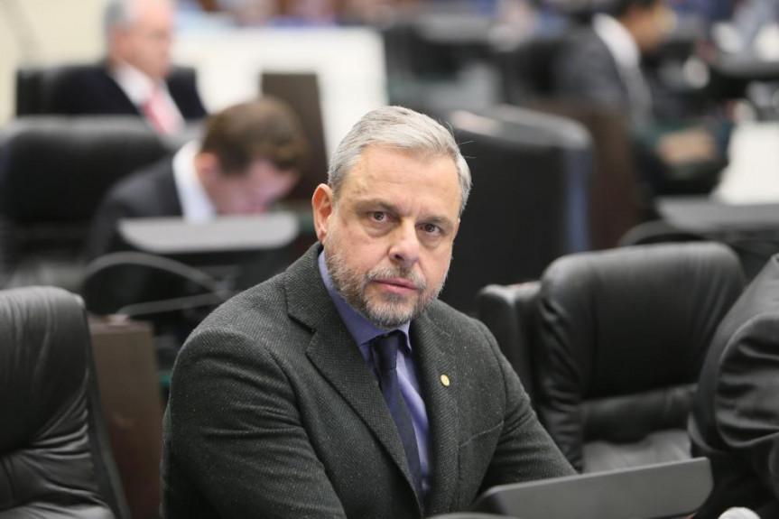 Deputado Ricardo Arruda (PSL) foi escolhido para ser o presidente da CPI das Ongs