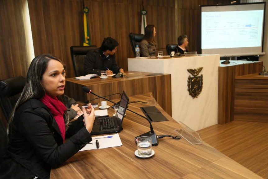 Proposta da Escola do Legislativo abre as portas para que alunos do programa de pós-graduação possam mostrar seus trabalhos e contribuir para o desenvolvimento do Estado.