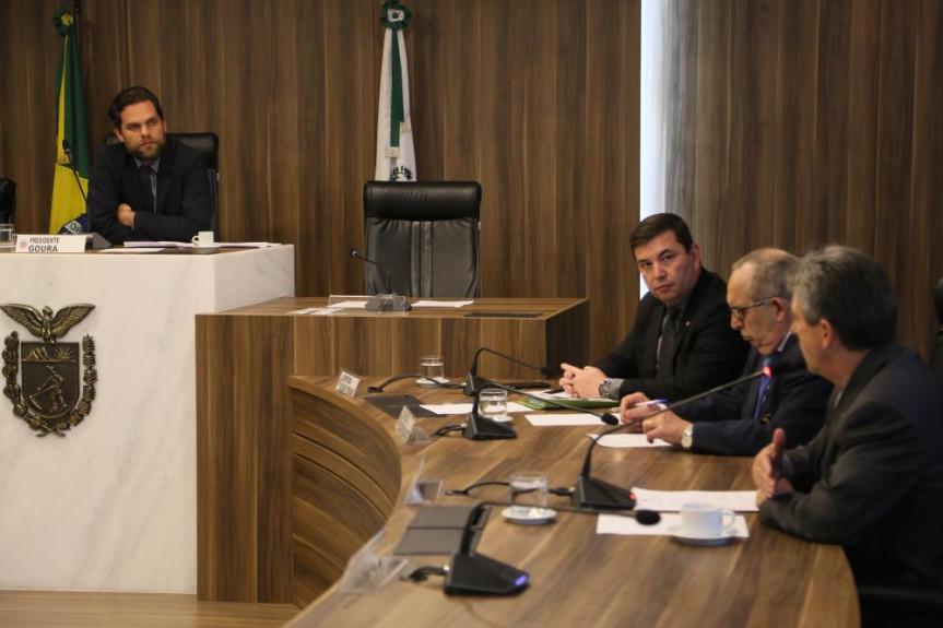 Deputados da Comissão de Ecologia, Meio Ambiente e de Proteção aos Animais voltam a se reunir na próxima semana para analisar projeto que prevê a construção de novos empreendimentos hidrelétricos no Paraná.