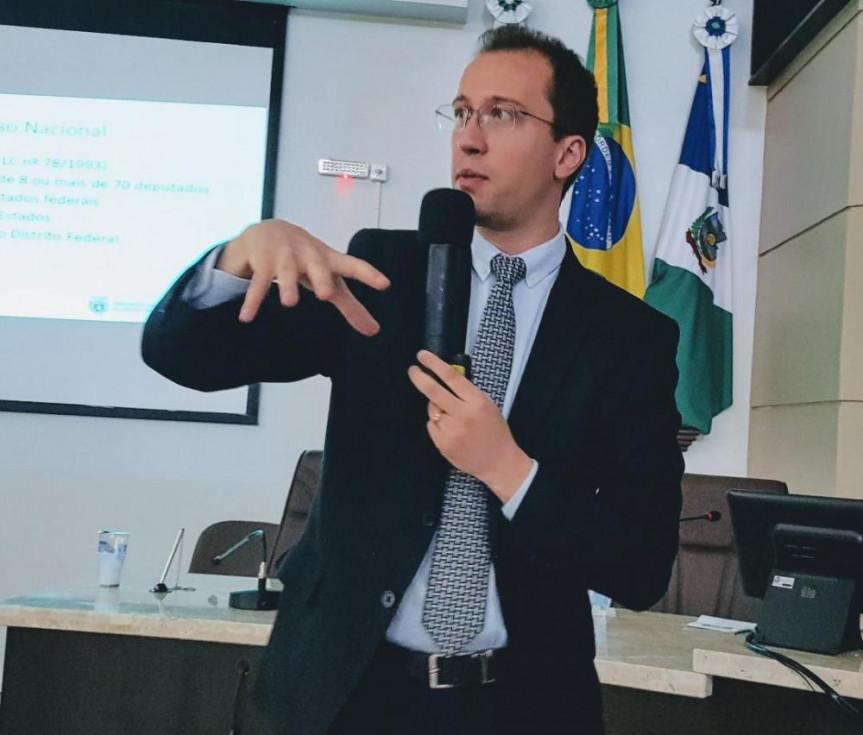 O diretor Legislativo da Alep Dylliardi Alessi falou sobre técnicas de desenvolvimento de projetos.