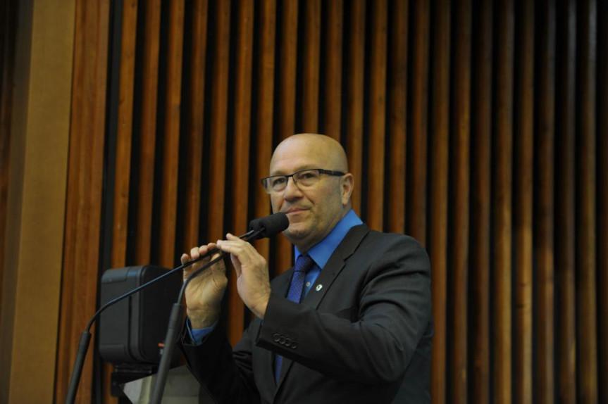 Deputado Luiz Claudio Romanelli (PMDB), líder do Governo.