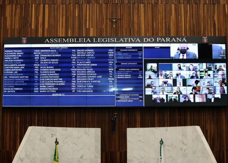 Na sessão plenária desta quarta-feira (09) foram aprovados os projetos que alteram as tabelas de custas dos cartórios.
