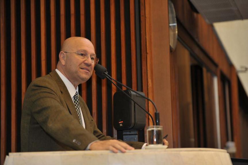 Deputado Luiz Cláudio Romanello (PMDB).