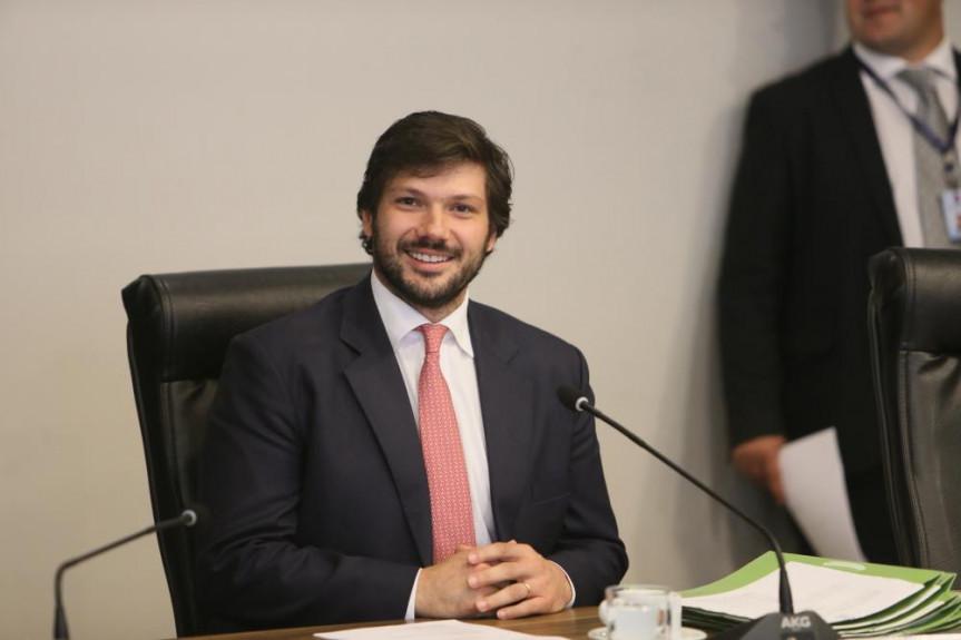 Deputado Tiago Amaral (PSB), vice-líder do Governo, relator na CCJ do projetos de lei que trata da licença especial de servidores