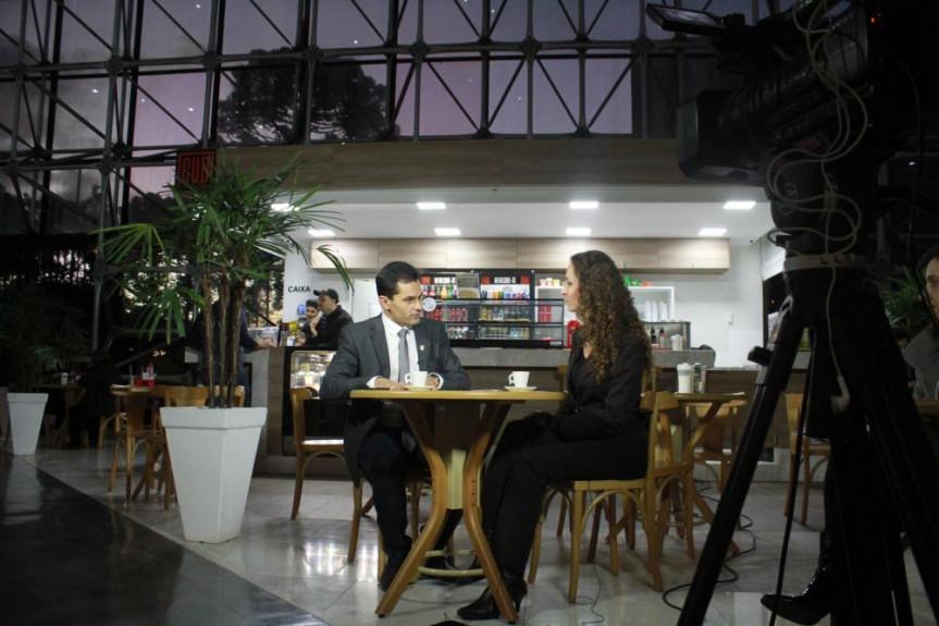 Deputado Marcio Pacheco é o entrevistado do programa Café com Política desta quarta-feira (19).