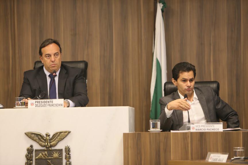 Deputados Delegado Francischini (PSL) e Marcio Pacheco (PDT), presidente e vice-presidente da CCJ.