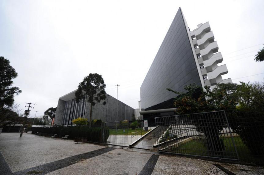 Votações na Assembleia Legislativa do Paraná não pararam durante o recesso parlamentar e o carnaval. Durante a pandemia foram 313 leis aprovadas.