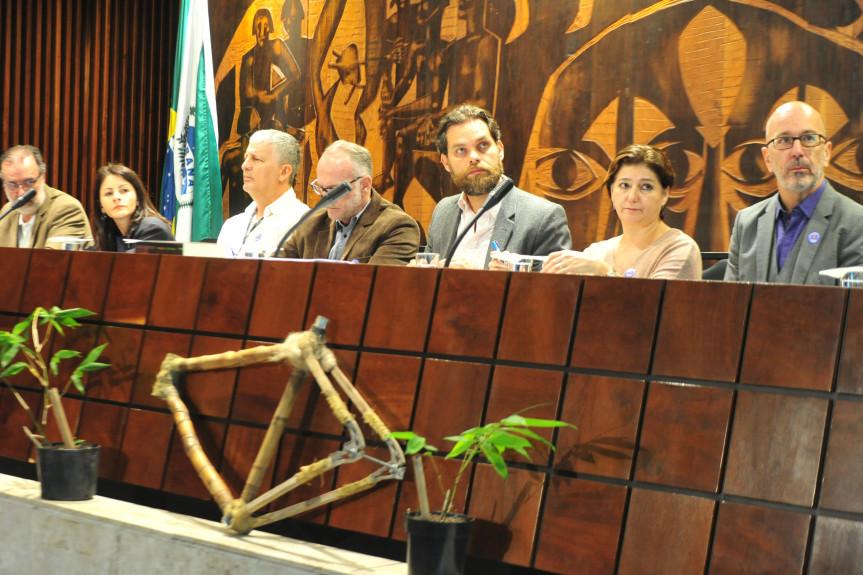 Audiência pública discutiu a Cultura do Bambu no Paraná.