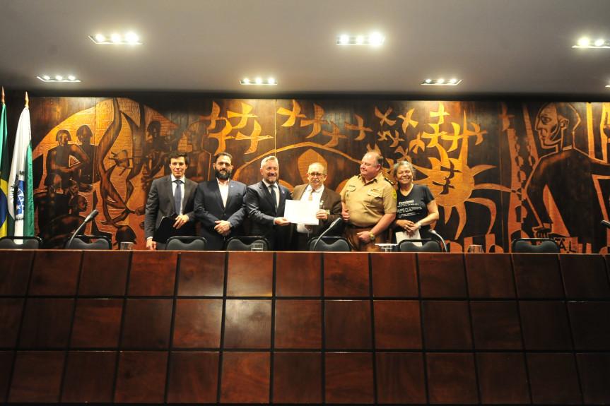 Encontro promovido pelo deputado Delegado Recalcatti (PSD) ofereceu orientações aos membros e diretores dos Consegs.