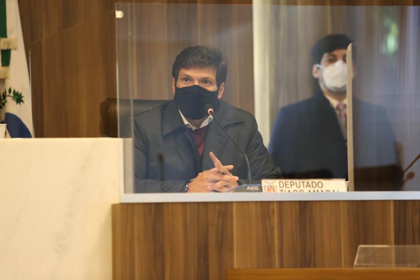 Deputado Tiago Amaral (PSB), relator na Comissão Especial da PEC que facilita a construção de centrais termo e hidrelétricas.