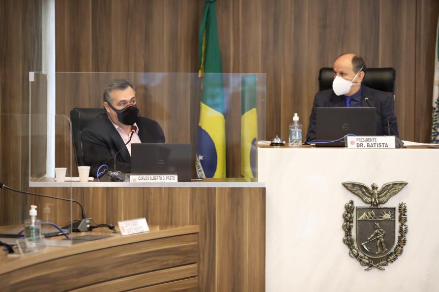 Secretário Beto Preto presta contas aos deputados sobre os investimentos em saúde referente ao 2º quadrimestre de 2021.