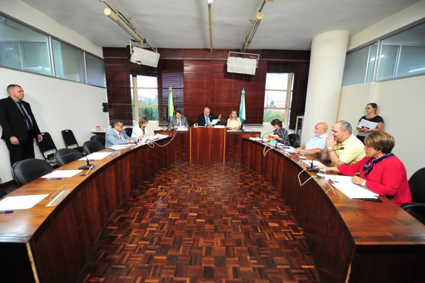 Reunião da Comissão de Turismo que contou com a participação de representantes de órgãos e empresas ligadas ao setor.