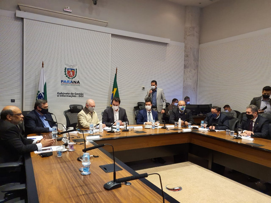 Assembleia Legislativa do Paraná repassa R$ 100 milhões ao Governo do Estado para compra de vacinas contra a Covid-19.