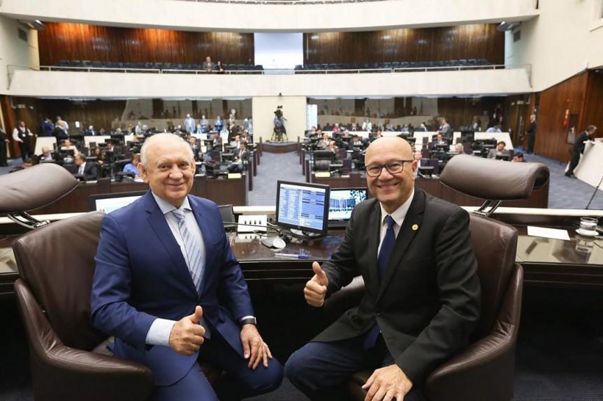 A Mesa Diretora da Assembleia, composta pelo presidente Ademar Traiano e o primeiro secretário Romanelli, transferiu para o dia 12 de fevereiro a audiência que vai debater a PEC do Pacto Federativo.