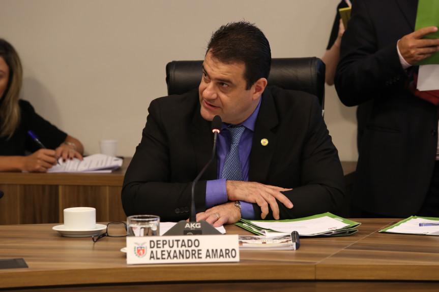 Reunião da CCJ desta segunda-feira (17) deu início às discussões de projetos do Poder Executivo.