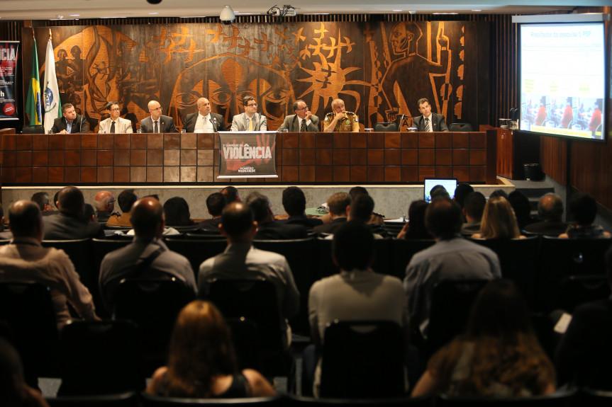 Audiência pública promovida pelo deputado Homero Marchese (PROS), expos opiniões de especialistas da Segurança Pública e membros da sociedade civil