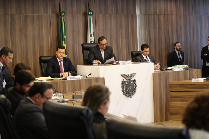 Reunião da Comissão de Constituição e Justiça (CCJ) da Assembleia Legislativa