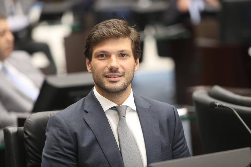 Deputado Tiago Amaral (PSB), relator da LDO na Comissão de Orçamento da Assembleia Legislativa do Paraná.