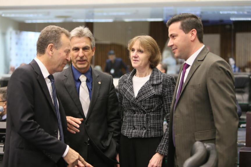 Deputados da bancada do PT na Assembleia Legislativa.