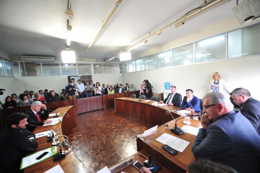 Nova reunião da Comissão de Finanças e Tributação  deve ocorrer na terça-feira (9).