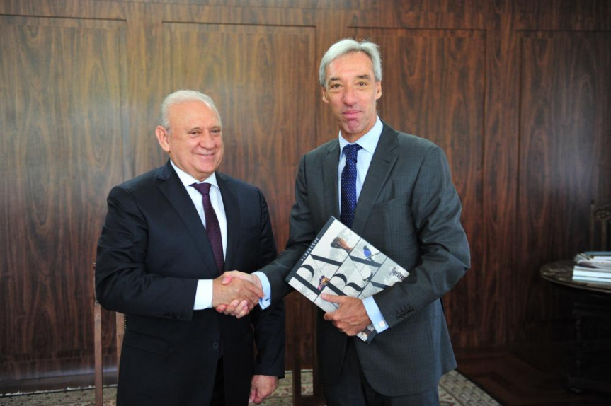 Presidente da Alep, Ademar Traiano (PSDB)  recebe o embaixador da União Europeia, João Gomes Cravinho.