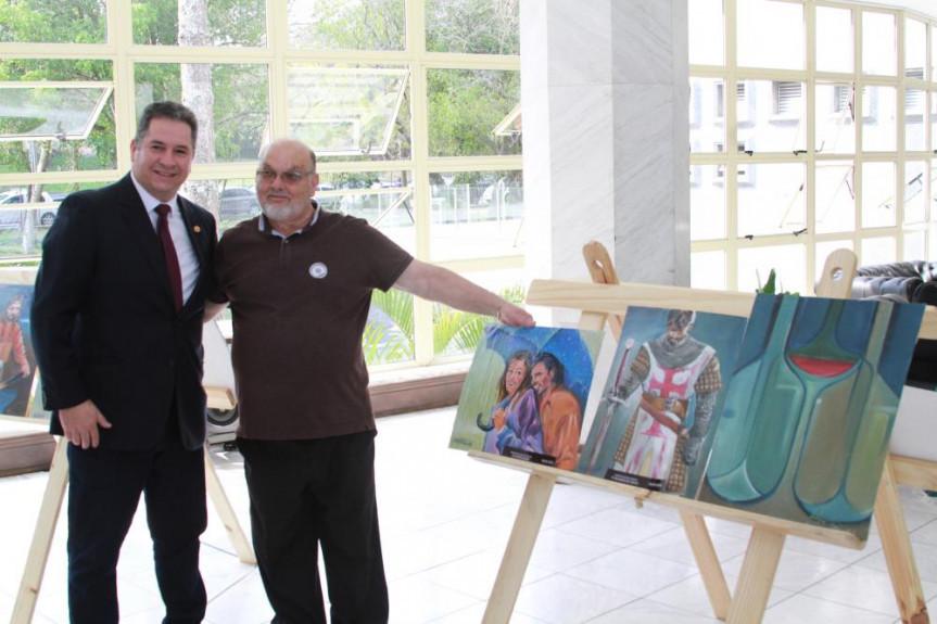 Telas do artista plástico Davi Horta que representam trabalhos de pastores e missionários estão em exposição no Espaço Cultural da Alep.
