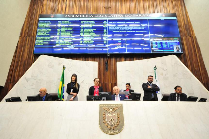Saúde, Lei de incentivo à inovação, Estrada do Colono e concessão dos parques do Paraná foram alguns dos temas abordados pelos deputados na sessão desta terça-feira (13).