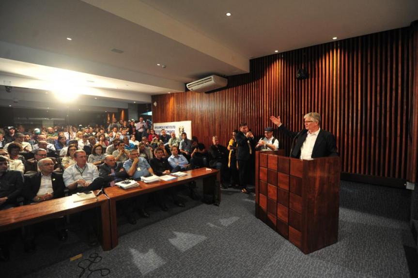 Audiência pública proposta pela Comissão de Agricultura e Bloco Parlamentar da Agricultura Familiar foi o primeiro passo dos debates no Legislativo sobre a criação do Instituto de Desenvolvimento Rural do Paraná.