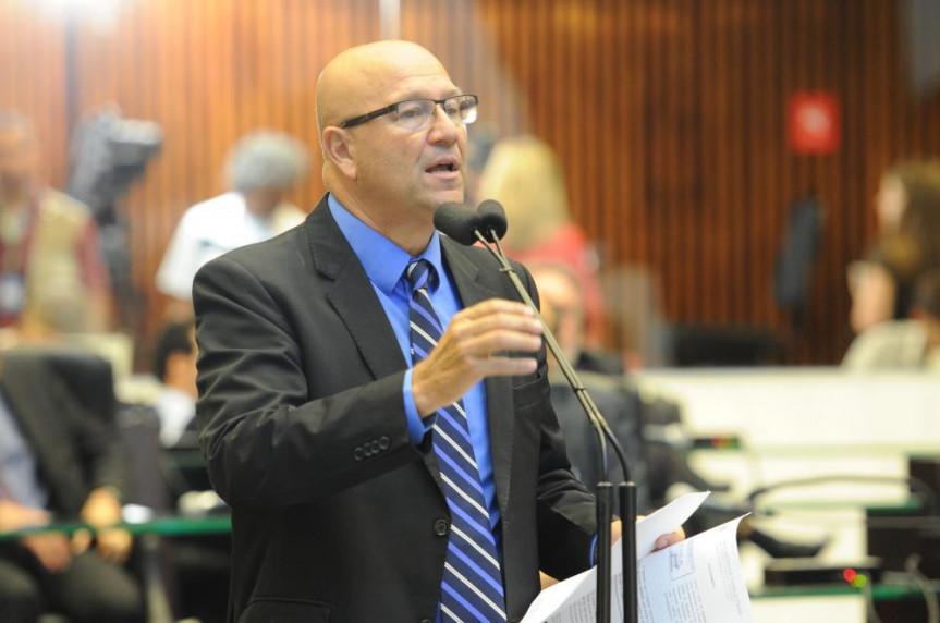 Deputado Romanelli (PMDB).