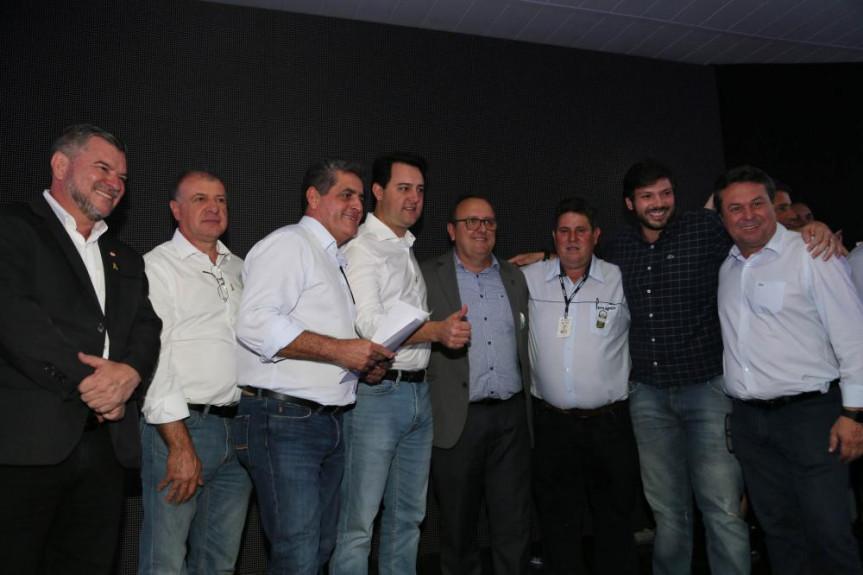 Em Maringá, deputados e prefeitos participaram da liberação de recursos anunciada pelo governador Ratinho Junior.
