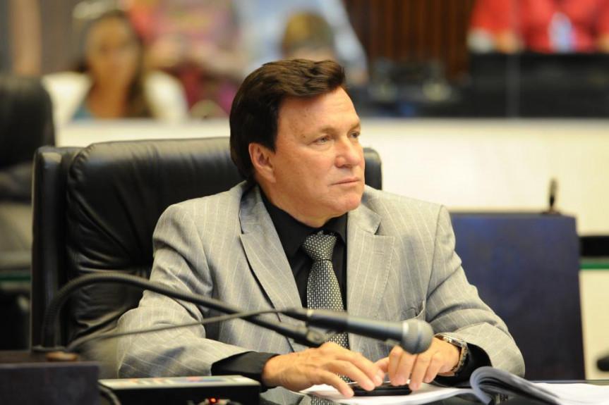 Deputado Mauro Morães (PSDB).