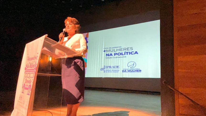 Em parceria com o Iprade, Procuradoria da Mulher da Assembleia realizou o primeiro ciclo de palestras '+Mulheres na Política'; encontro teve participação de representantes de sete municípios.