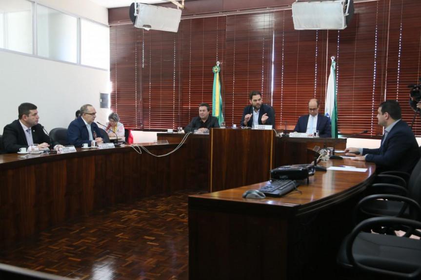 Secretário Marcio Nunes, de Estado do Desenvolvimento Sustentável e Turismo, participou da reunião da Comissão de Ecologia, Meio Ambiente e Proteção aos Animais da Alep.