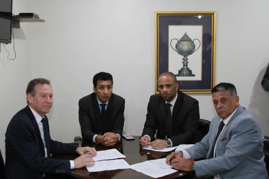 Deputado Do Carmo comandou os trabalhos da Comissão de Obras Públicas, Transportes e Comunicações desta terça-feira (13).