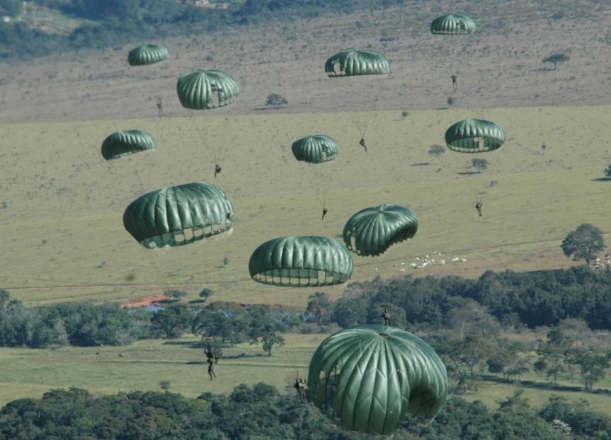 Evento proposto pelo deputado Subtenente Everton (PSL) vai lembrar a história da tropa de elite do Exército Brasileiro: a Brigada de Infantaria Paraquedista.