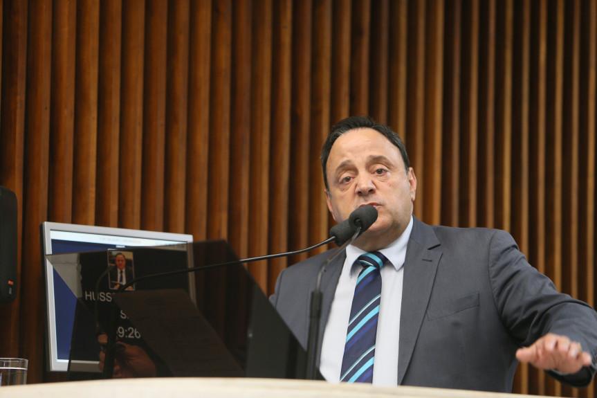 Deputado Hussein Bakri (PSD), líder do Governo na Assembleia, falou sobre as mensagens enviadas pelo Poder Executivo que alteram o regime de previdência dos servidores.
