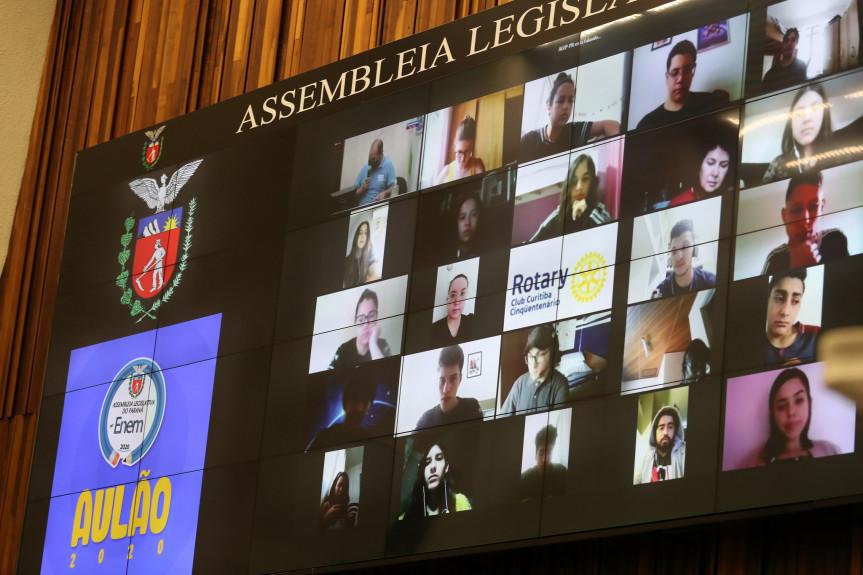 Assembleia no Enem chega a mais uma edição contribuindo com a preparação de milhares de alunos para o Exame.